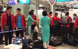 Nửa đêm, các tuyển thủ U23 Việt Nam lỉnh kỉnh xách hành lý sang Hàn Quốc tập huấn