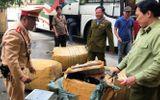 Truy đuổi xe khách biển Lào chở hàng lậu trên QL1