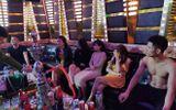 Đột kích quán karaoke, bắt quả tang hơn 20 thanh niên phê ma túy trong phòng Tứ Đại Mỹ Nhân