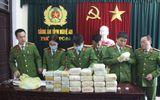 """Phá đường dây ma túy """"khủng"""" từ Lào về Việt Nam, thu giữ 30 bánh heroin, 18 kg ma túy đá"""