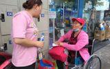 Ấm áp tại phiên chợ 0 đồng cho người bệnh ở bệnh viện Thủ Đức
