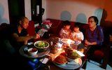Tin trong nước - Hà Nội mưa lớn trước giao thừa, dân mạng than trời vì mất điện trong tối 30 Tết