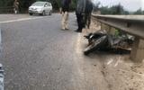 Tin tai nạn giao thông mới nhất ngày 1/2/2020: Xe máy lao vào lan can, 2 thanh niên thương vong