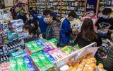 Tù nhân Hong Kong làm việc ngày đêm để sản xuất khẩu trang trong dịch virus corona