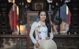 Nữ giảng viên Nguyễn Thị Huỳnh Giao dịu dàng trong tà áo dài