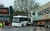 Hải Phòng: Va chạm kinh hoàng giữa xe container và xe chở công nhân, nhiều người bị thương