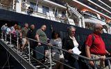 Hành khách trên du thuyền MS Westerdam vừa cập cảng Campuchia nhiễm Covid-19