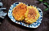 Ăn - Chơi - Có gói mì tôm bóc dở, tôi thử làm món bánh chiên giòn, cả nhà ai ăn cũng mê