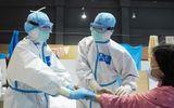 Bên trong bệnh viện dã chiến đầu tiên ở Vũ Hán điều trị Covid-19 bằng liệu pháp y học cổ truyền