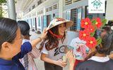 Hoa hậu Khánh Vân xúc động khi ghé thăm tổ chức One Body Village