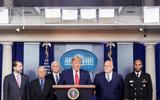 Reuters: Nhà Trắng yêu cầu họp kín về Covid-19, hạn chế việc cản trở phản ứng của chính phủ