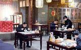 Trung Quốc: Nhiều quan chức xuống phố mua sắm tạo niềm tin cho người dân