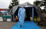 Italia ghi nhận số ca tử vong cao gần bằng mức kỷ lục do dịch Covid-19
