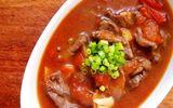 Bữa tối hao cơm với món bò om cà chua mềm ngon