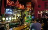 Phát hiện 12 nhiễm Covid-19 liên quan đến quán bar Buddha