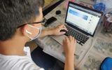 Giáo dục pháp luật - Du học sinh trong khu cách ly dậy từ sáng sớm để học online