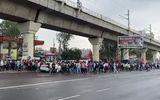 Sức khoẻ - Làm đẹp - Video: Xe khách bị cấm do dịch Covid-19, hàng ngàn công nhân Ấn Độ đi bộ về quê