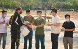Võ Hoàng Yến rời khu cách ly, tặng khẩu trang và nước nửa tay cho các y bác sĩ