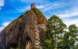 Video-Hot - Video: Chiêm ngưỡng tảng đá nguyên khối khổng lồ ở Columbia