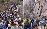 Tin thế giới - Vừa nới lỏng lệnh phong tỏa, các điểm du lịch ở Trung Quốc chật kín người