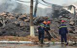 """Tin trong nước - Bà Rịa- Vũng Tàu: """"Bà hỏa"""" ghé thăm kho chứa gần 15.000 tấn hạt điều, thiệt hại khoảng 400 tỷ đồng"""