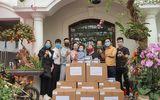 Việc tốt quanh ta - Tuấn Hưng tặng 20.000 khẩu trang cho Bệnh viện Bệnh Nhiệt đới Trung ương