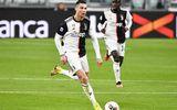 """Hé lộ cách tập luyện không giống ai của Ronaldo khiến đồng đội phải """"ngả mũ"""""""