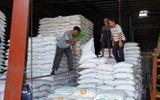"""Mở tờ khai xuất khẩu gạo lúc nửa đêm khiến doanh nghiệp """"chưng hửng"""": Hải quan nói gì?"""