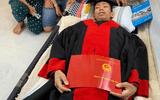 Nhói lòng cảnh nam sinh ung thư máu qua đời chỉ sau một ngày nhận bằng tốt nghiệp