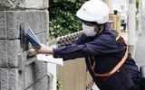 Hàng nghìn chiếc khẩu trang phát cho người dân nhiễm bẩn, chính phủ Nhật Bản hứng chỉ trích
