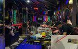 """Quảng Ninh: Phát hiện nhóm """"nam thanh nữ tú"""" sử dụng ma túy trong quán karaoke"""