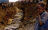 Pháp bắt giữ nghi phạm cuối cùng trong vụ diệt chủng Rwanda khiến 800.000 người thiệt mạng
