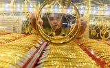 Giá vàng hôm nay 18/5/2020: Giá vàng SJC đạt mốc 49 triệu đồng/lượng
