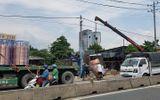 Tin tai nạn giao thông mới nhất ngày 21/5/2020: 2 cuộn đồng gần 4 tấn rơi giữa đám đông đi xe máy