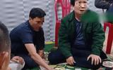 Cách chức Chủ tịch UBND xã đánh bạc trong thời gian cách ly xã hội
