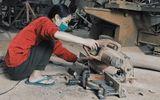 Nữ 9x mê nghề mộc, tự đóng nội thất, làm đồ chơi tặng trẻ mồ côi