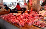 """Giá thịt lợn """"cán đích"""" 200 nghìn đồng/kg"""