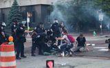 Biểu tình tại Mỹ: Số người bị bắn chết tăng lên, nguy cơ thổi bùng đợt dịch Covid-19 mới