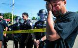 Cảnh sát Mỹ nổ súng giải tán đám đông biểu tình, một chủ cửa hàng người da màu tử vong