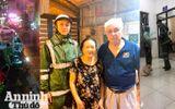 Công an Hà Nội giúp bà cụ 82 tuổi đi lạc về nhà
