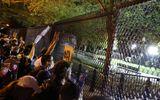 Tin thế giới - Người biểu tình New York tiếp tục tuần hành bất chấp lệnh giới nghiêm toàn thành phố