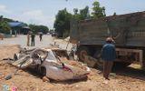 Tin trong nước - Tin tai nạn giao thông mới nhất ngày 5/6/2020: Hiện trường vụ xe Howo đè bẹp ôtô con, 3 người chết