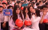 Việc tốt quanh ta - Chương trình tặng 20.000 mũ bảo hiểm cho người dân năm 2020