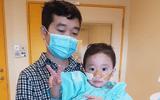 Đẫm nước mắt hành trình 5 năm cùng con tìm thuốc giải cho căn bệnh lạ