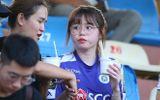Thể thao - Huỳnh Anh diện áo Quang Hải cổ vũ trận Hà Nội gặp HAGL
