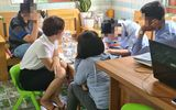 """Chuyện học đường - Vụ bé mầm non """"nghịch ngợm"""" bạn trong lớp: Yêu cầu 2 giáo viên nghỉ việc, hiệu trưởng kiểm điểm"""
