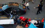 Người đàn ông lao xe, nổ súng vào đám đông biểu tình ở Mỹ