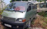 Một học sinh tiểu học ở Hà Nội bị bỏ quên trên xe đưa đón