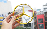 Royal Gift đưa trào lưu mạ vàng logo ôtô và siêu xe lên tầm cao