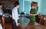 Tham ô 524 triệu đồng, Chánh văn phòng huyện bị khởi tố